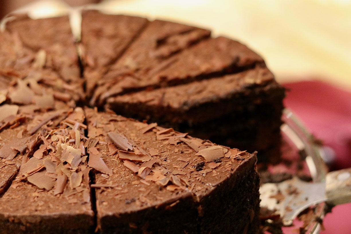 delicious flourless chocolate cake